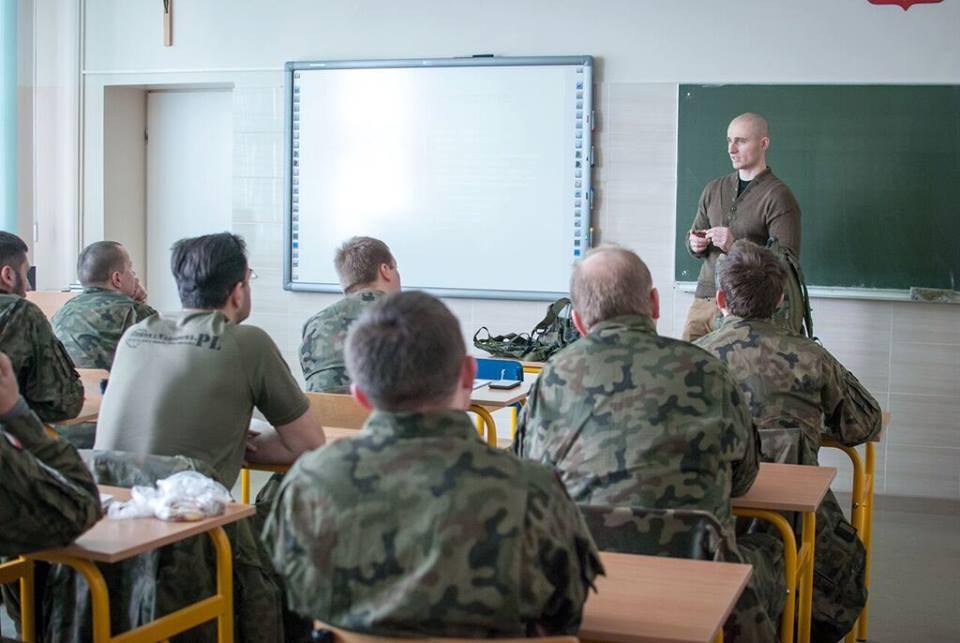 Małopolska Obrona Terytorialna - I zajęcia kursu strzelców wyborowych 20.02.2016